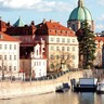 Buildings_and_river_prague